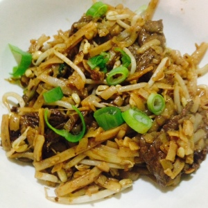 Beef Chow Fun - Adam Liaw's Asian Cookery School