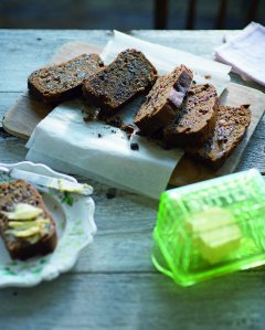 Cup-of-tea fruit loaf