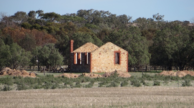 Old Farm on road to Coorow