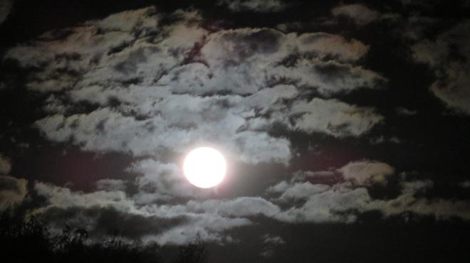 super-moon-