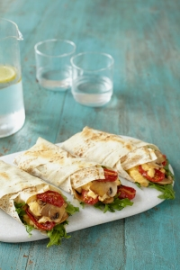 slow-roasted-tomato-scrambled-egg-breakfast-wrap-