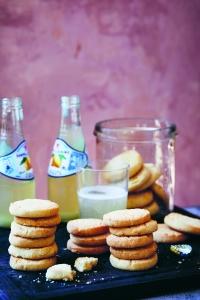 LLB_Cookies_EasyLemonShortbreadCookies